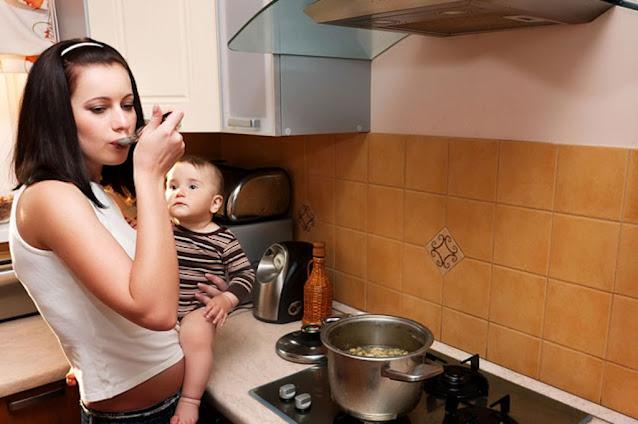Teruntuk Para Suami, Nggak Mudah Lho.. Jadi Ibu Rumah Tangga, Tugasnya Nggak Cuman Nemenin Anak, Masak, Mencuci Lalu Sudah