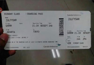 Edit Foto Membuat Tiket Pesawat Garuda Air Lines di PicSay Pro Android