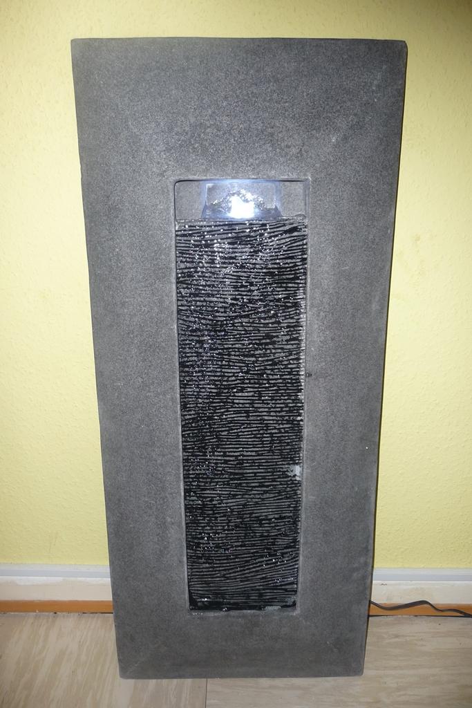 mein testblog: nicki testet den blumfeldt niagara wandbrunnen, Wohnzimmer
