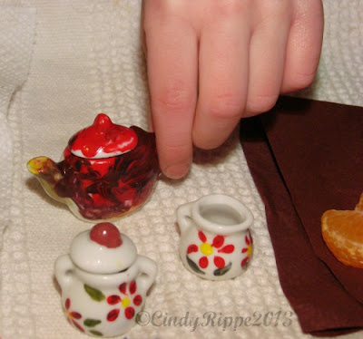 Mini Tea Set, Kid's Crafts, Faber Castell, Ceramic Painting, painting with girls, Tea Party, Cindy Rippe