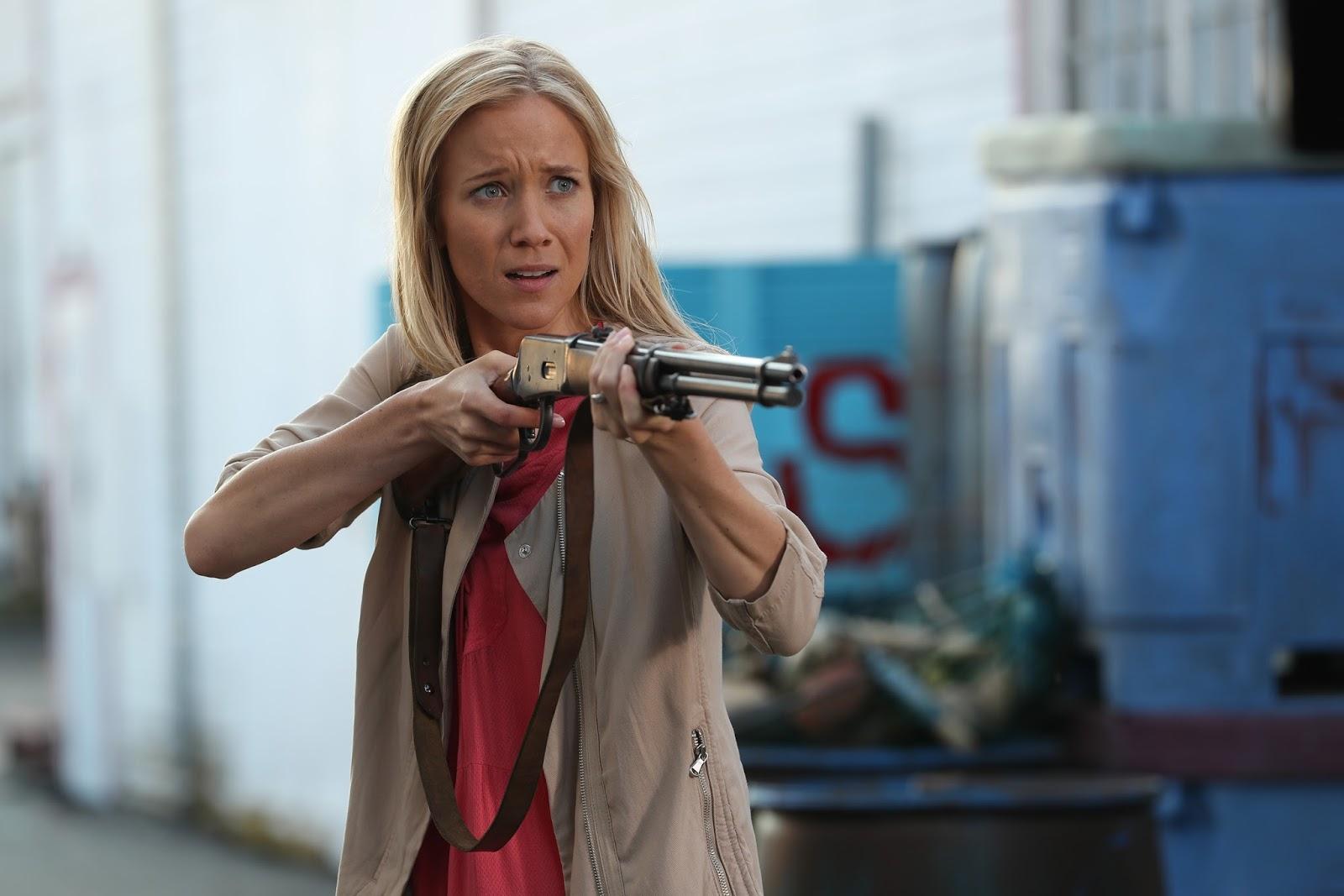 Crítica OUAT 6x03. Ashley busca a su hermanastra con un arma y todos creen que va a matarla