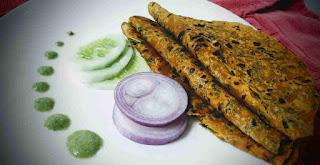 Serving Methi paratha with garnished for Methi paratha recipe