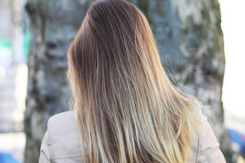 Jak dbać o włosy przesuszone? 13 ważnych zasad - czytaj dalej »