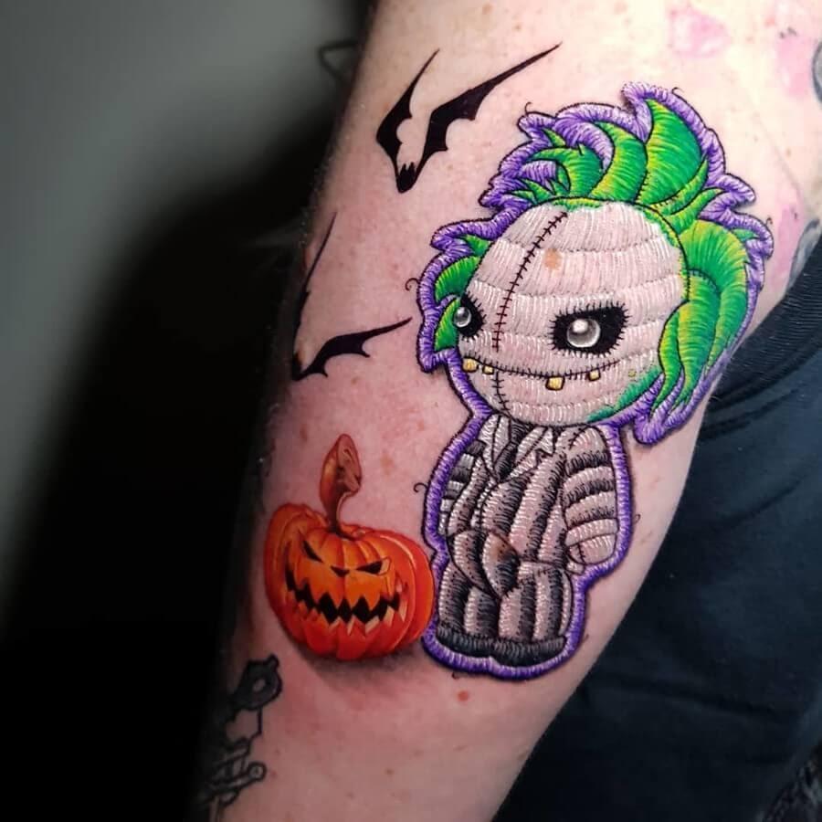 10-Halloween-Beetlejuice-Duda-Lozano-www-designstack-co