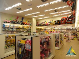 projeto de arquitetura loja brinquedos layout interno