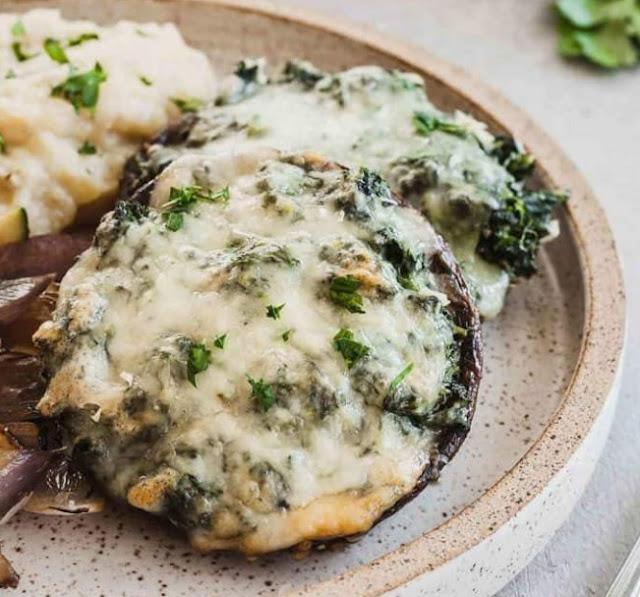 Swiss Potato and Spinach Stuffed Mushrooms #vegetarian #appetizers