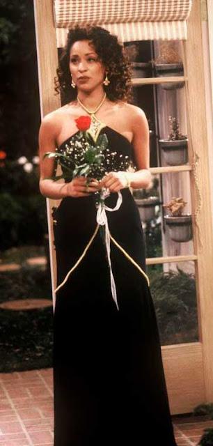 Hilary Banks vestido de festa preto