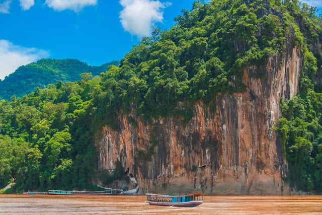 4 most majestic caves in Laos