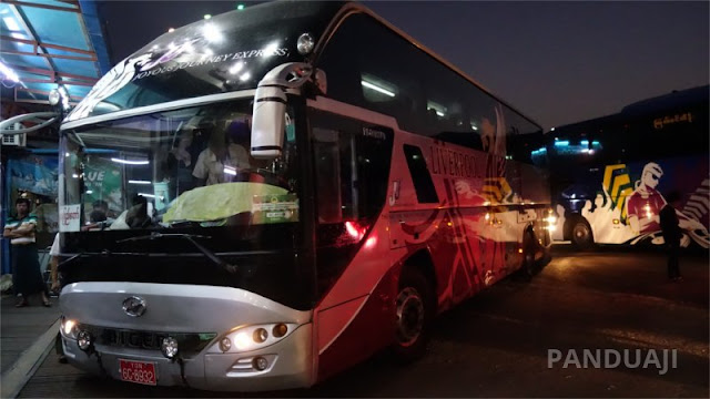 Salah satu armada JJ Bus Express