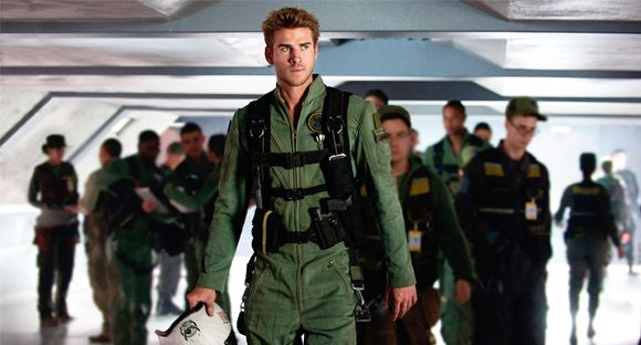Liam Hemsworth- Independence Day-Rigenerazione