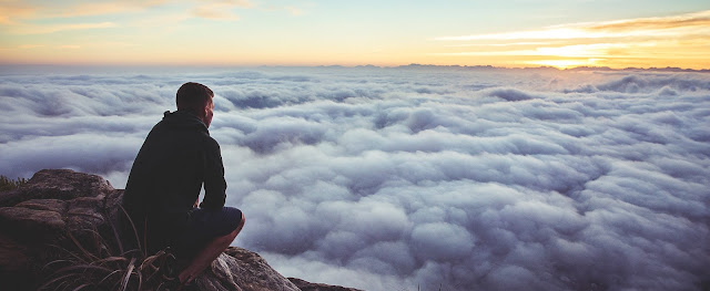20'lerinizde Yapmamanız Gereken 6 Büyük Hata - Hayatın size geleceğini düşünmek...
