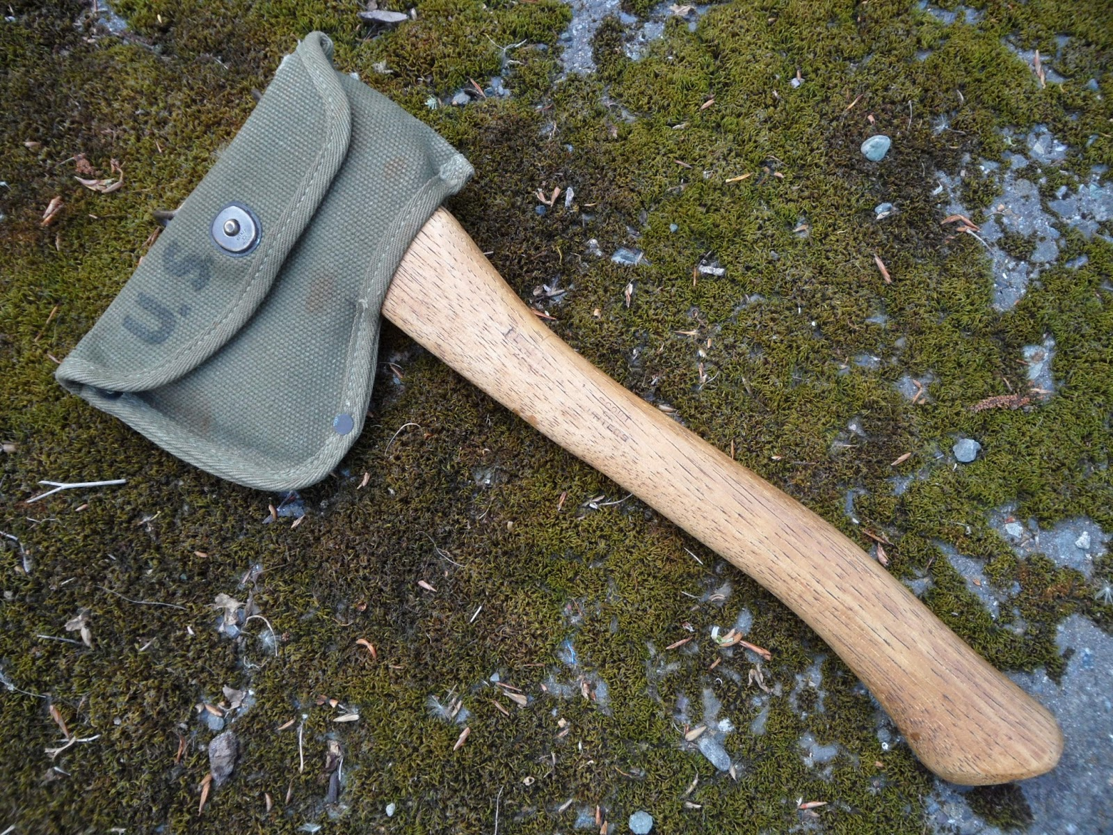 Four Bees Ww2 Model 1910 Us Military Hatchet Plumb 1944 With