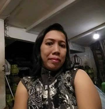 Juni Rosy Seorang Janda, Agama Islam, Profesi Wirausaha Di Jakarta Pusat DKI Mencari Jodoh Pria Jujur Dan Tanggung Jawab Untuk Jadi Pacar Atau Calon Suami