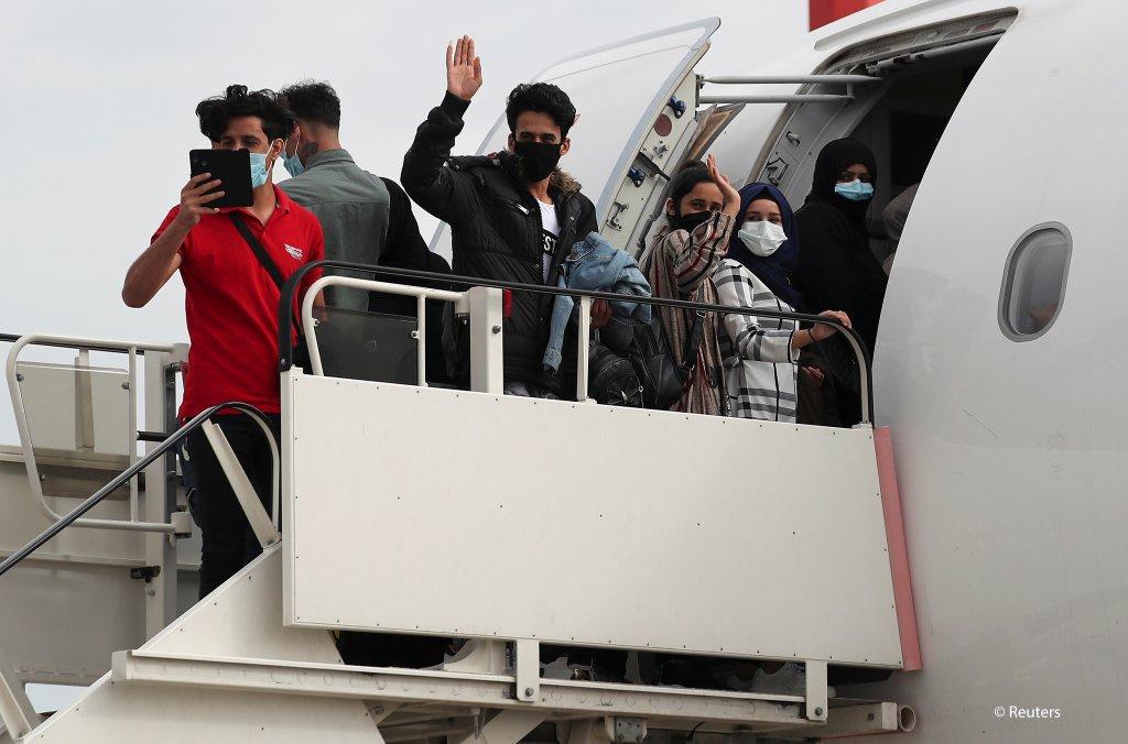 Royaume-uni : 50 migrants ont été transférés depuis la Grèce pour être réunis avec leurs familles