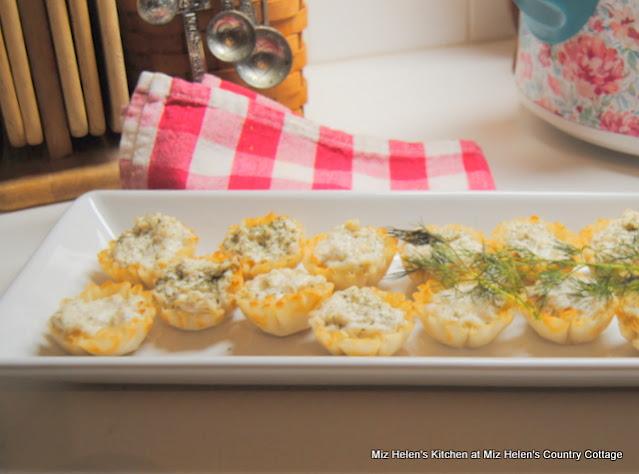 Crab Mini Tarts at Miz Helen's Country Cottage