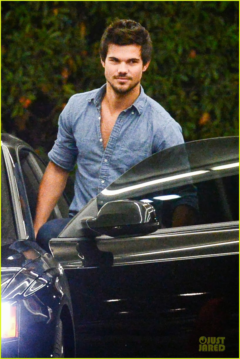 Celeb Diary Taylor Lautner Amp Marie Avgeropoulos L