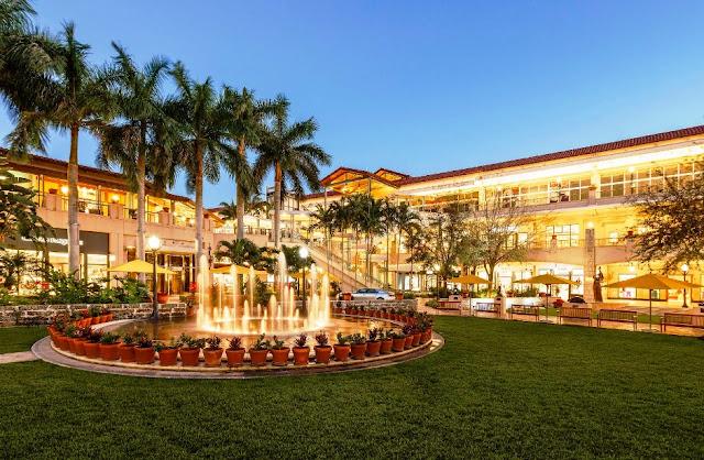 Shopping Village Of Merrick Park em Miami
