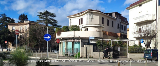 Negozio-vetrinato-Grosseto_via-Gramsci-angolo-Lamarmora