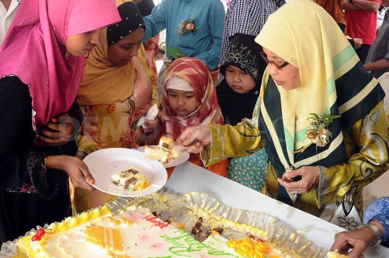 Most Inspiring Child Eid Al-Fitr Food - wallpaper+eid+ul+fitr  Trends_9616100 .jpg