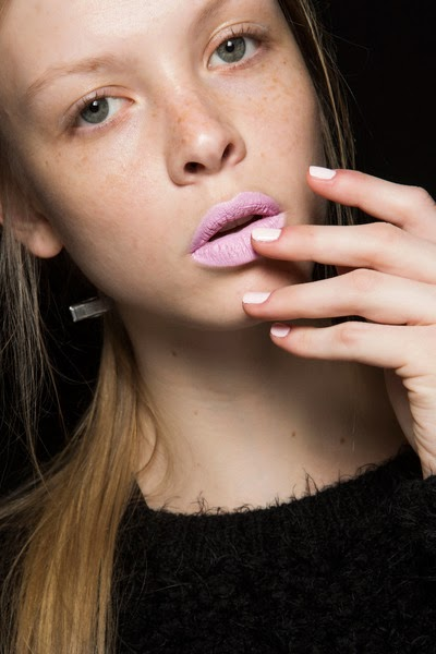 beauty_trends_pink_lips