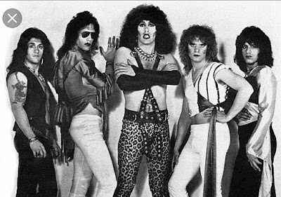 Early Twisted Sister