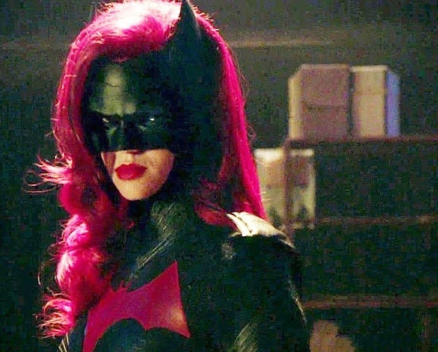 elseworlds 2018 crossover batwoman