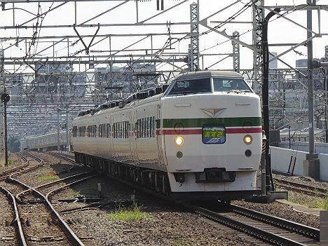 【側面幕に細かな違い!】木曽あずさ号 新宿⇔南木曽 189系(2017.7~9に3往復運行)