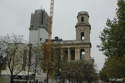 St-Sulpice julkisivuremontissa