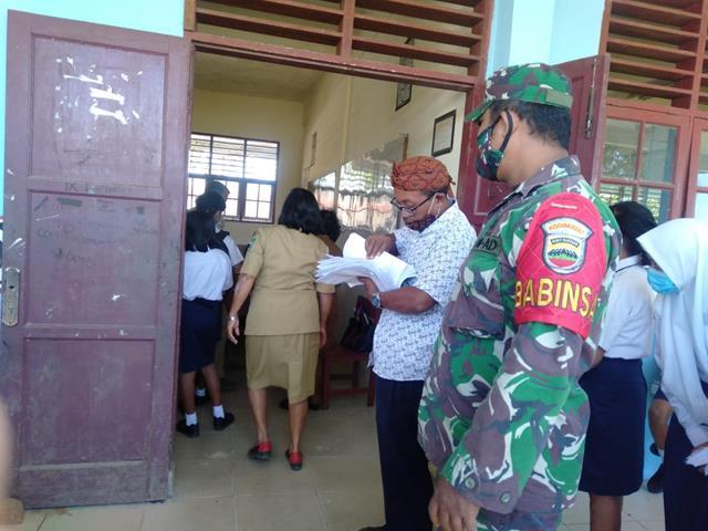 Tepatnya Di Gedung SMP Negeri 1 Pematang Raya Pelaksanaan Vaksin Didampingi Personel Jajaran Kodim 0207/Simalungun