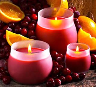 http://prazdnichnyymir.ru/novyi-god/6993/prazdnichnyi-dekor-svoimi-rukami-svechi-v-novogodnem/