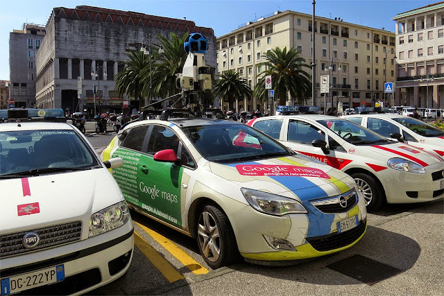 Google Maps Camera Car, piazza del Municipio, Livorno