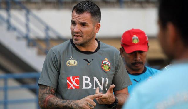 Simon McMenemy_Bhayangkara FC