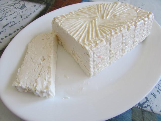 biały ser typu Feta