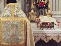 New Vestment Work in the Baroque Tradition: L'Atelier Romanitas of Lyon