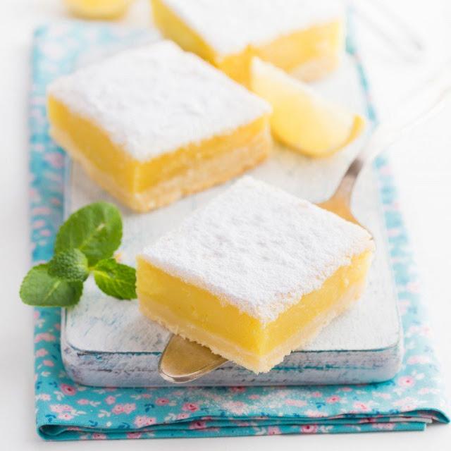 طريقة عمل مربعات حلى الليمون