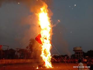 धर्म ज्वाला में मिटा अहंकार, धू-धू कर जला दशनान, हजारों की तादाद में पहुंचे लोग रावण दहन देखने