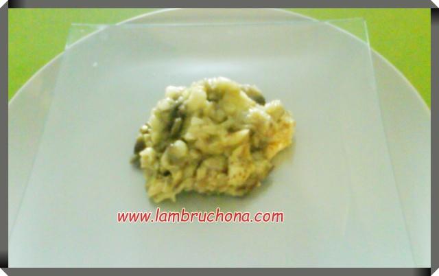 http://www.lambruchona.com/2012/03/receta-berenjenas-rellenas-de-cuscus-y.html