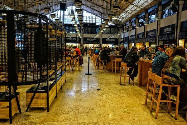 リベイラ市場のタイムアウト・マーケット