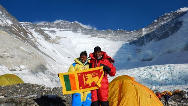 Yohan Pieris and Jayanthi Kuruuthumpaala to become the first Sri Lankans to have climbed Mount Everest