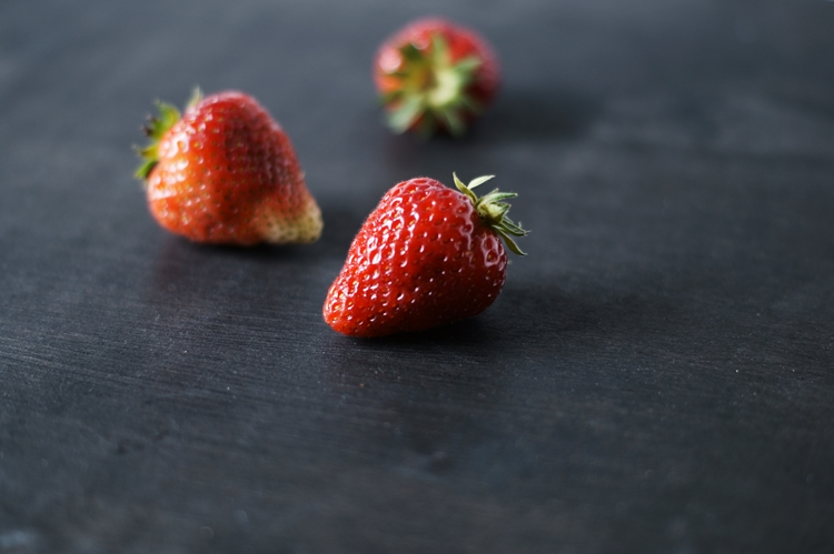 dunkelrote Erdbeere {by it's me!}