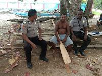 Kanit Binmas Polsek Makbon Bersama Anggota Sambangi Nelayan Tradisional