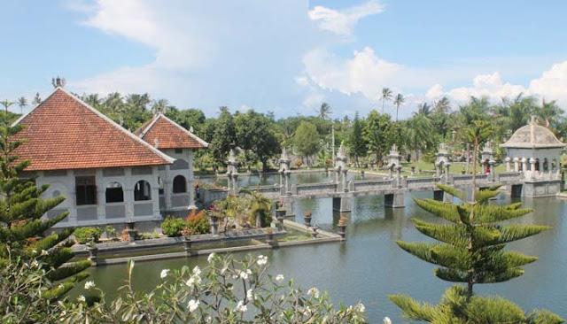 Taman ujung water place