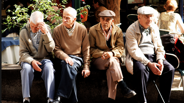 ΦΩΚΙΔΑ TV.GR: Συνταξιούχοι Φωκίδας: συγκέντρωση διαμαρτυρίας στην ...