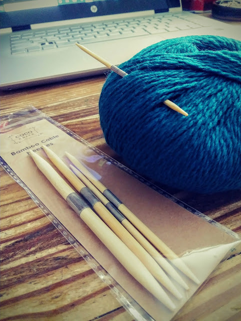 bamboo cable needles in multiple sizes for all your knitted cable projects.
