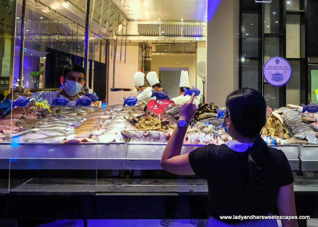 seafood counter in Medley Pullman Dubai