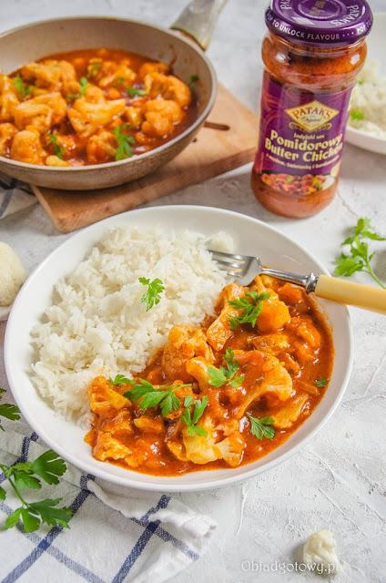 Ryż z kalafiorem w sosie na indyjską nutę