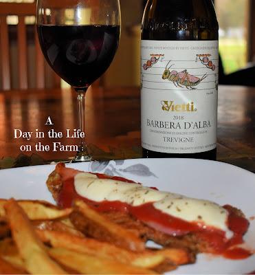 Milanesa Napolitana with Barbera Wine