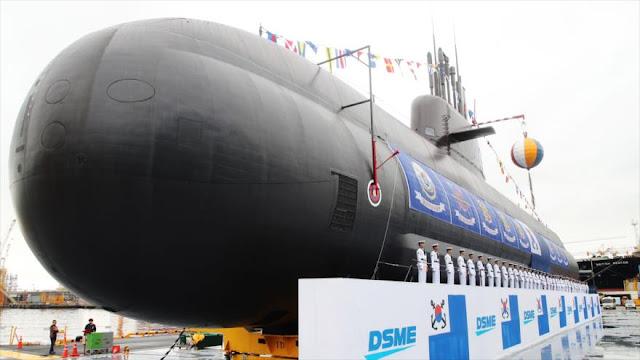 Corea del Sur lanza su primer submarino con capacidad para misiles
