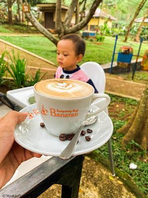 Kopi di Banaran 9 Resto Coffee and Tea, Sensasi Ngopi di Alam Terbuka