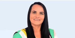 """BOM JARDIM-MA: Prefeita Cristiane Varão responde vereador Marlley sobre proposta de pagar salários com """"recursos do carnaval"""""""